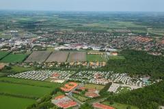 Luftfoto-Ribe-By-og-Ribe-Domkirke-i-baggrunden